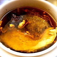 燕窝虫草花瘦肉汤