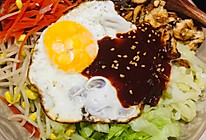 巨简单的韩式拌饭(拌饭酱调的香喷喷的)的做法
