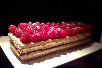 树莓歌剧院蛋糕