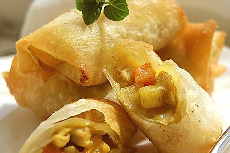 脆皮咖喱猪肉卷的做法