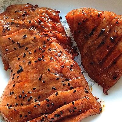蜜汁烤猪颈肉