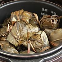 鲜肉鸭蛋黄粽子(内含红豆大枣口味)的做法图解28