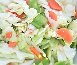 夏日清爽小菜——凉拌爽口卷心菜的做法