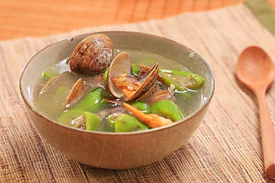 丝瓜蛤蜊汤-迷迭香