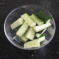黄瓜梨汁的做法图解2