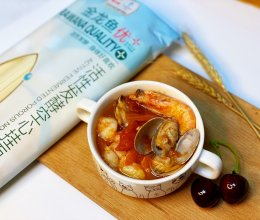 均衡营养番茄浓汤海鲜面的做法
