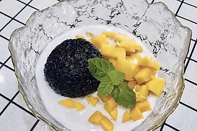 芒果黑米捞做法可以和满记甜品比一比