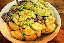 牛肉炒西葫芦的做法