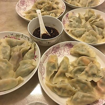 肉三鲜饺子(猪肉韭菜虾仁)
