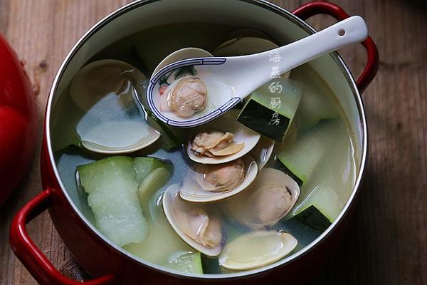 十分钟快手海鲜汤俘获全家人的胃--【冬瓜汆文蛤】的做法