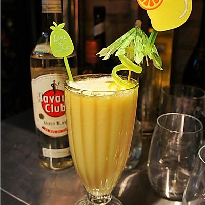 Pina colada椰林飘香--鸡尾酒(1)