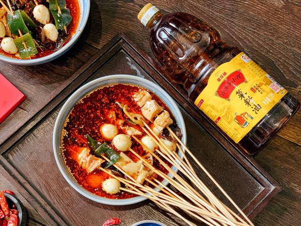 红红火火钵钵鸡