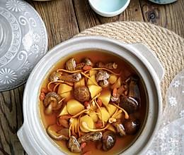 山药菌菇汤#我们约饭吧#的做法