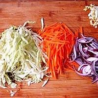 包菜胡萝卜炒面的做法图解8