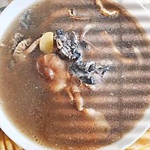 滋补茶树菇乌鸡汤