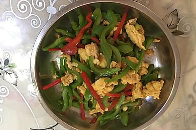 青红椒炒蛋