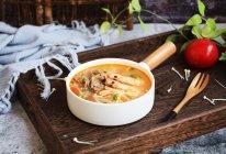 #晒出你的团圆大餐# 番茄金针菇肥牛卷的做法