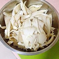 蘑菇炒肉&】平菇的做法图解2