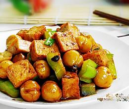 栗子烧豆腐的做法