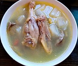 白萝卜枸杞鸭肉汤的做法