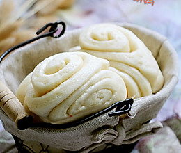 儿时最爱的白糖花卷的做法