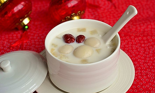 【天山雪莲椰香汤圆】做口感更丰富的特殊汤圆的做法