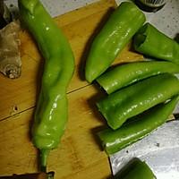 油焖尖椒的做法图解2