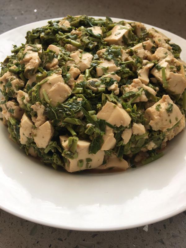 原汁原味清淡小凉菜~香椿芽拌豆腐的做法