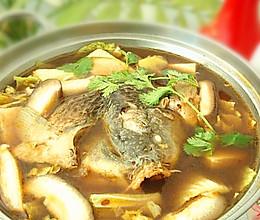 鱼头火锅——冬季暖身的做法