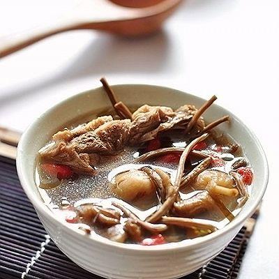 茶树菇无花果老鸭汤