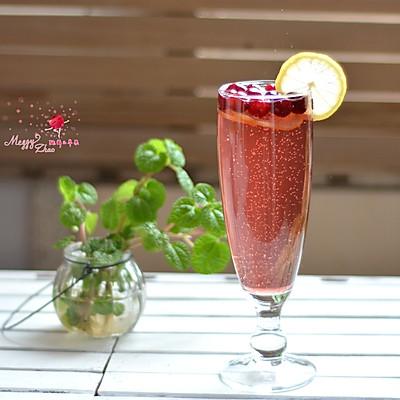 蔓越莓苏打泡饮