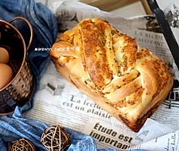 #父亲节,给老爸做道菜#香葱肉松手撕面包的做法