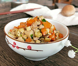 家常菜~香菇胡萝卜炒鸡丁的做法