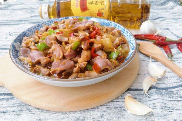 双椒爆炒鸡胗#金龙鱼外婆乡小榨菜籽油 最强家乡菜#的做法