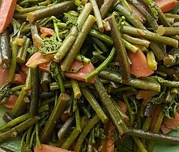 小炒山野菜的做法