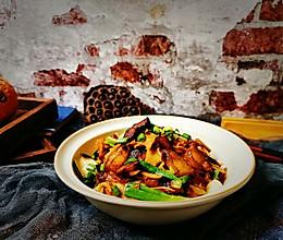 #我们约饭吧#下饭好菜~腊肉炒竹笋的做法