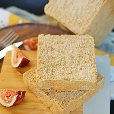 健康吐司|低卡全麦黑糖吐司,一款营养吐司