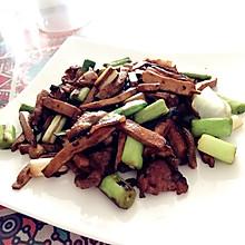 蒜苗回锅肉+豆干