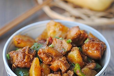 【香辣土豆烧鸡块】厨房新手也可以做的很好吃的家常菜 的做法