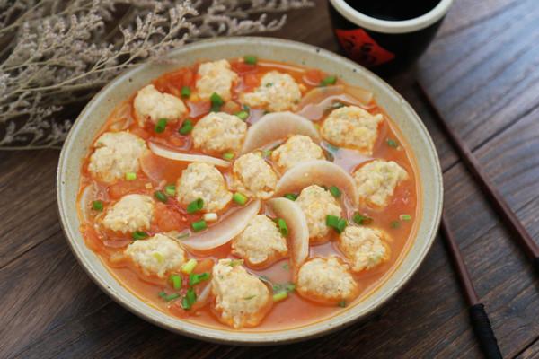 白萝卜番茄肉丸汤的做法