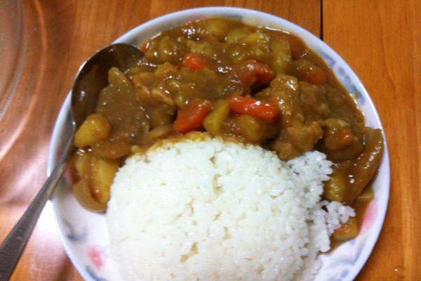 简易的咖喱牛肉的做法