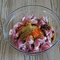 孜然牙签肉#美的烤箱菜谱#的做法图解2