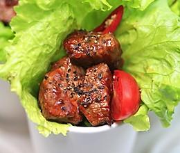 黑胡椒牛肉粒的做法