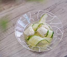 黄瓜鸡肉丸子汤的做法