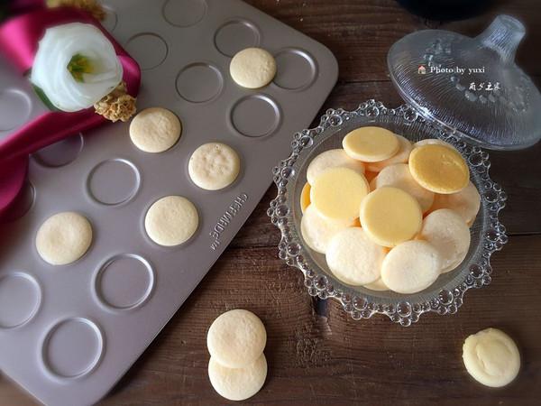无添加的酥松入口即化的蛋黄小饼的做法