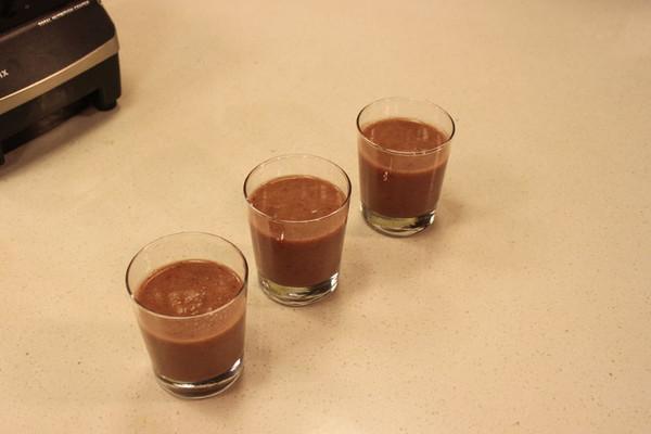 高丽菜蔓越莓汁的做法