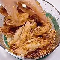 蒜香鸡翅的做法图解3