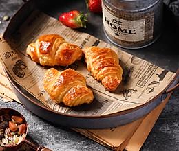 手工开酥做层层酥脆的可颂牛角包的做法