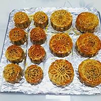 广式豆沙蛋黄月饼的做法图解22