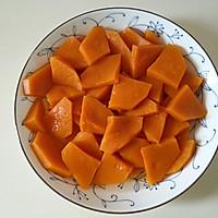 最好吃的甜汤【奶油南瓜汤】的做法图解2